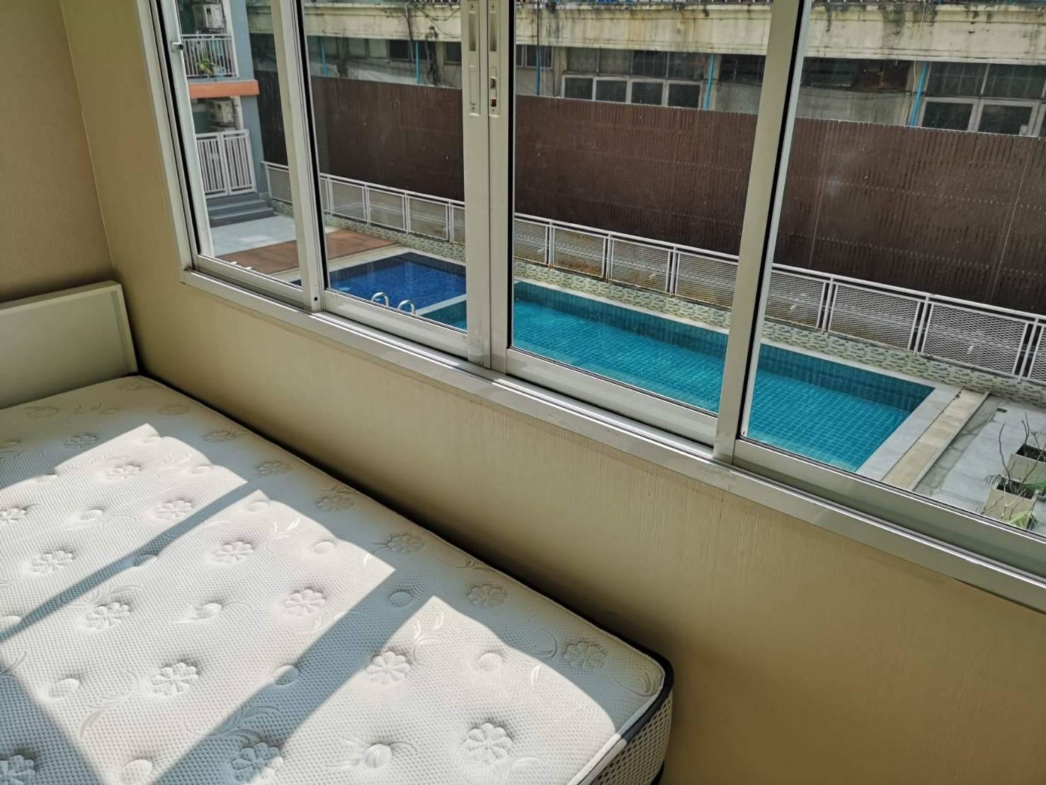 ขาย คอนโด The Maple รัชดา-ลาดพร้าว ใกล้รถไฟฟ้า MRT รัชดา วิวสระว่ายน้ำ