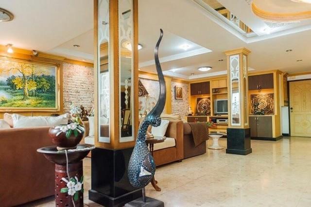 ขายด่วนๆ 29000000 ทาวน์โฮม 2คูหา  ซอย พิชัยณรงค์สงคราม ข้างๆ โรงแรม Four Wing แถว สุขุมวิท 26