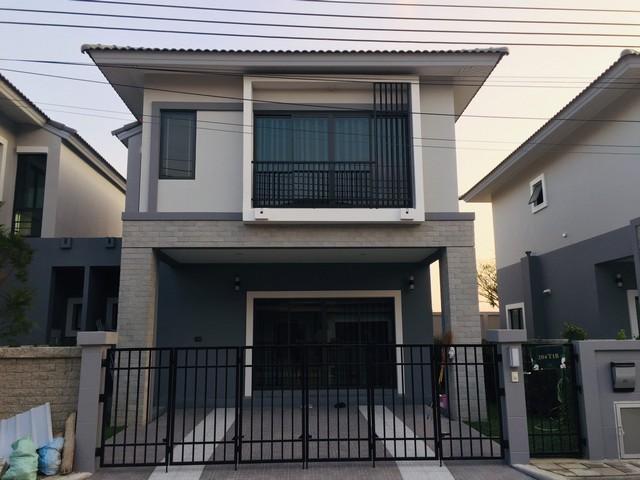 บ้านใหม่ให้เช่า สวยน่าอยู่ บ้านริมสวนซีนเนอรี บางนา-สุวรรณภูมิ