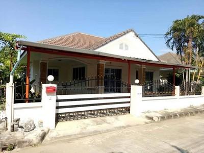 ขายบ้านเดี่ยวหมู่บ้านธนาพรเลคโฮม 3 นอน 2 น้ำ บิ้วอินทั้งหลัง ราคา 2.2 ล้าน ฟรีโอน