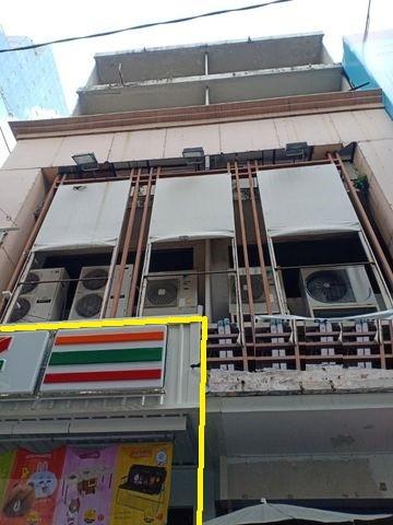 MM071 ให้เช่าอาคารพาณิชย์ 4 ชั้นครึ่ง ติดถนนสีลม ใกล้ BTS ช่องนนทรี และศาลาแดง ติดเซเว่น คนพลุกพล่าน