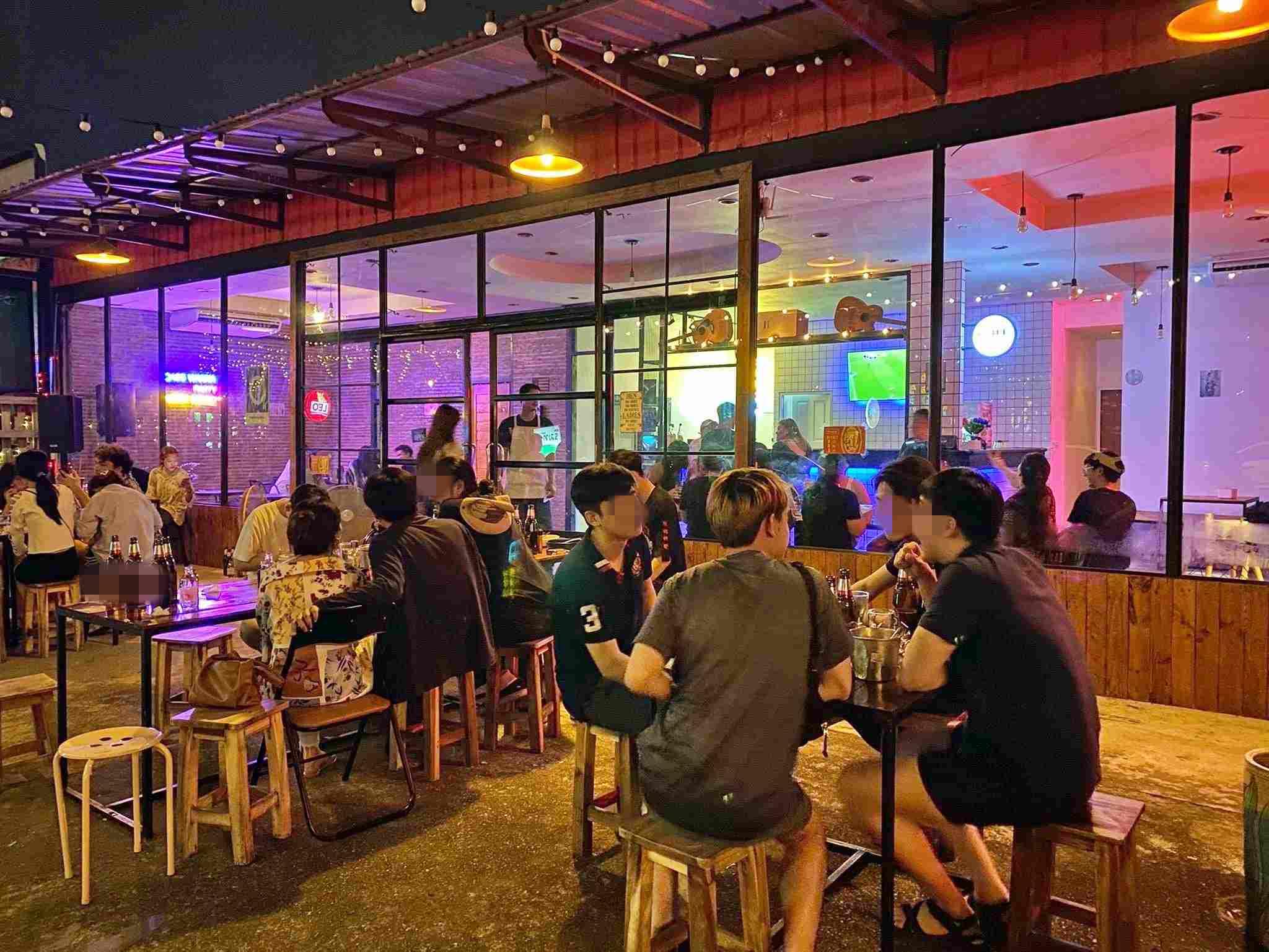 เซ้ง‼️ ร้านอาหาร-กึ่งร้านชิว พัฒนาการ25 @โครงการสถานีพัฒน์25 ริมทางรถไฟ ( สวนหลวง )