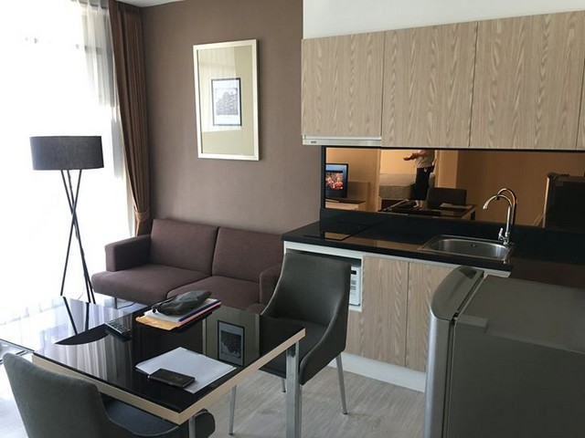 SKD-0180 ขายคอนโด Movenpick Residences Ekkamai Bangkok ราคาถูก - คุณ ด็อง โทร 089 499 5694