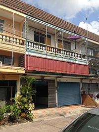 ขายอาคารพาณิชย์ 2ชั้นครึ่ง 2คูหา บ้านบึง ชลบุรี (ถนนบ้านบึง-แกลง)