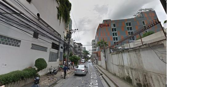 ขายที่ดินย่านถนนสุขุมวิท ซอย13 เนื้อที่ประมาณ 1 ไร่ เหมาะทำคอนโดหรืออพาร์ทเม้นท์ โรงแรม