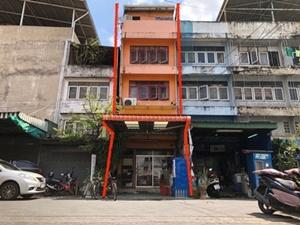 ขาย อาคารพาณิชย์ 3 ชั้น พร้อมกิจการ ซอยเสรีไทย 89 21 ตรว.