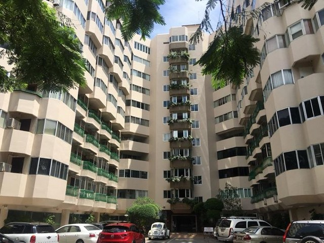 Condo for Rent Nimman Road 1 Bedroom 1 Bathroom big livingroom