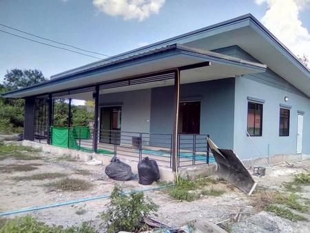 ขายบ้านสร้างใหม่ ใกล้กาดฝรั่ง 800 เมตร  อำเภอหางดง  จังหวัดเชียงใหม่  มีเนื้อที่  89  ตารางวา