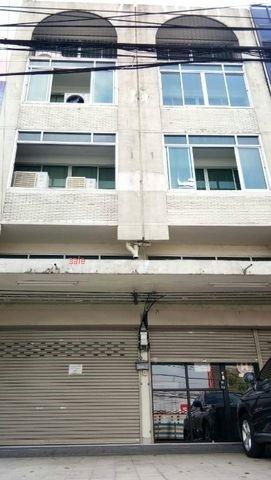 เซ้งและให้เช่าอาคารพานิชย์ 2 คูหาทะลุกัน สูง 4 ชั้นทำเลดีมากๆ ห่างจาก Bts แบริ่ง