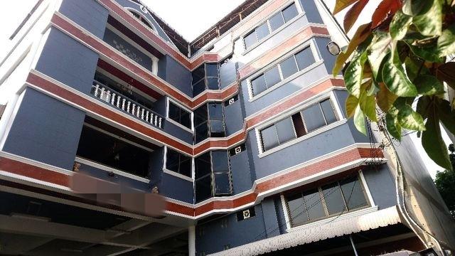 ขายอาคาร 5 ชั้นย่านสุทธิสารทำเลสวย ใกล้MRT  เนื้อที่  216 ตร.วา เหมาะทำเป็นออฟฟิศหรืออพาทเม้นได้