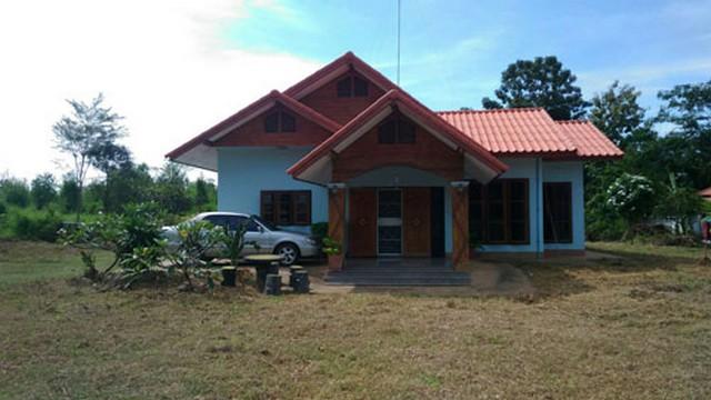 ขายบ้านเดี่ยวสร้างใหม่ ชั้นเดียว พร้อมที่ดิน 5 ไร่ 64 ตรว.อ.เมือง จ.บุรีรัมย์