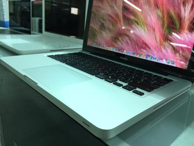 ขาย Macbook Aluminum 13-inch สภาพนางฟ้า