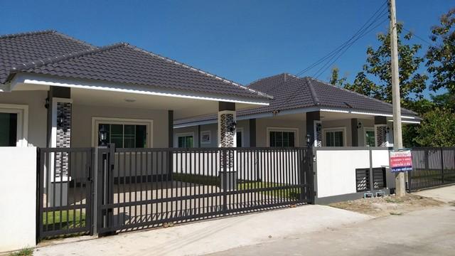 ขายบ้านหลุดจอง ราคาถูกบ้านใหม่สร้างด้วยวัสดุคุณภาพ ไม่ไกลเมือง