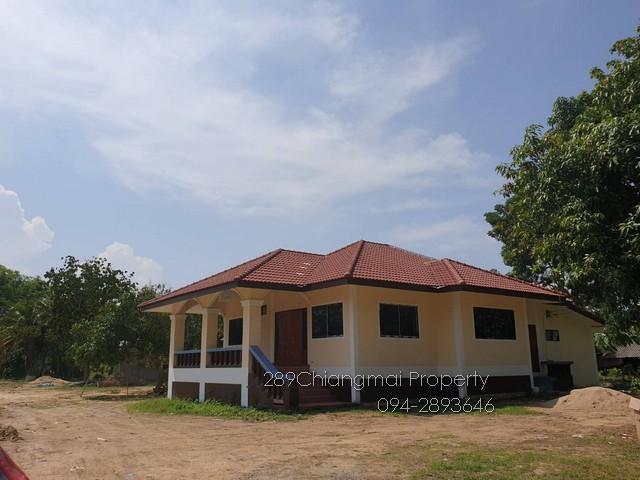 ขายบ้านที่ดินเหลือเขตดอยสะเก็ด บ้านนอกโครงการในเขตชุมชน บรรยากาศดี ๆ กู้แบงค์เงินเหลือ