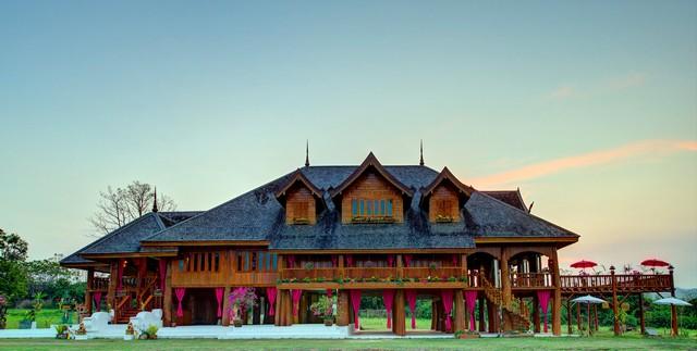ขายบ้านไม้สักใหญ่ที่สุดในเชียงใหม่ คฤหาสน์ไม้สักยักษ์ บนเนินเขาที่สวยงาม
