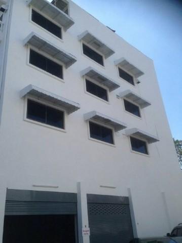 ให้เช่าอาคารพาณิชย์หัองหัวมุม 5 ชั้น 2 คูหา สภาพดีมาก  ลาดพร้าว 122