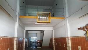อาคารพาณิชย์ 3.5 ชั้น ตำบลหน้าเมือง อำเภอเมืองราชบุรี ราชบุรี 32 ตรว.