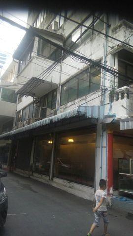 รหัสC1957  ให้เช่าอาคารพาณิชย์ 3คูหา 3ชั้น ทำเลใจกลางเมืองย่านถนนนราธิวาส เหมาะกับหลายธุรกิจ